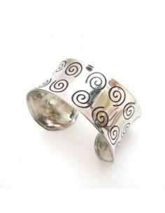 bracelet argenté motifs spirales
