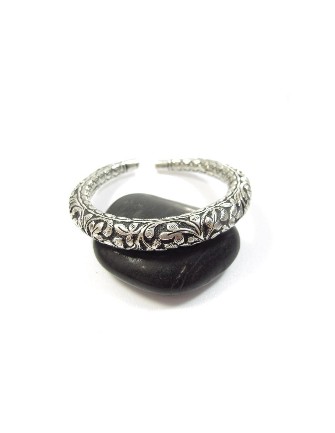bracelet argent jonc cisel bijoux argent de pushkar. Black Bedroom Furniture Sets. Home Design Ideas