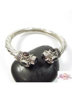bracelet argent ciselé et pierres grenat
