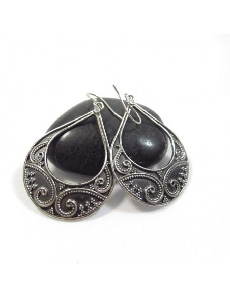 boucles d'oreilles ovales en argent à motifs