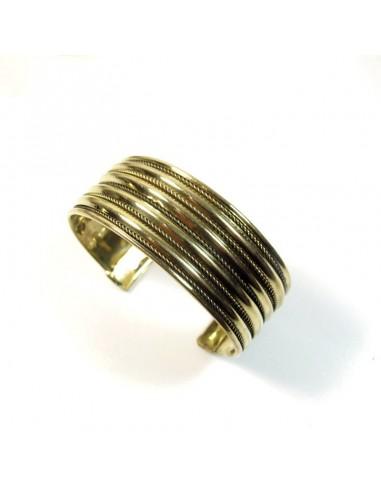 bracelet doré à strilles