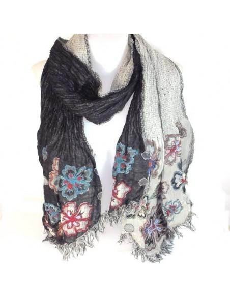 Echarpe en laine noire et grise