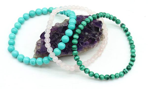 Bracelet elastique en pierres