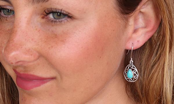boucle d'oreille laiton et pierre turquoise