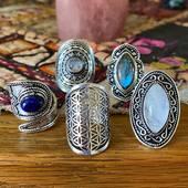 Nos nouvelles bagues fantaisie de style ethnique 🤩🤩 —> www.bijouxindiens.net