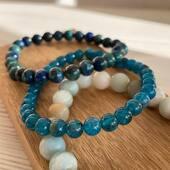Sauriez vous reconnaître quelles sont ces 2 jolies pierres bleues? Retrouvez nos bracelets en pierres naturelles sur la boutique en ligne www.bijouxindiens.net