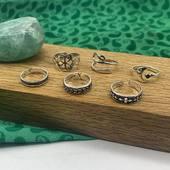 C'est le retour des bijoux d'été 😍☀️ ENFIN ! 🙏🏻 Bagues d'orteils et chaînes de cheville sont au rendez vous sur le site ! 😉 Www.bijouxindiens.net