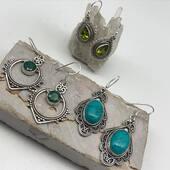 NOUVELLE COLLECTION ! 😍 Mettez un peu de couleurs dans votre vie avec notre nouvelle collection de boucles d'oreilles en argent et pierres ❤️ Www.bijouxindiens.net