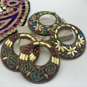 😍😍 un mot pour décrire nos nouvelles boucles d'oreilles bohème? Elles sont disponibles tout de suite sur le site! 🤩 Www.bijouxindiens.net