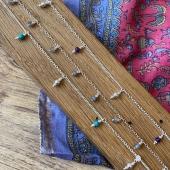 Nos chaînes de chevilles fines en argent à pampilles sont de nouveau disponibles sur le site 🥰 Www.bijouxindiens.net