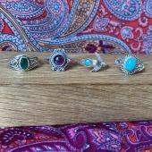 DU NOUVEAUUUUUU 😍😍 De nouvelles bagues argent et pierres sont disponibles sur le site les filles! 🤩🤩 — Www.bijouxindiens.net