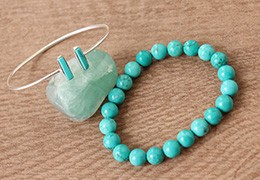 Les bracelets en pierre turquoise
